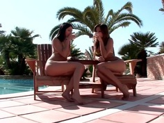 Poolside Tonguing