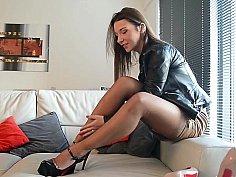 Heels/chaep thrils