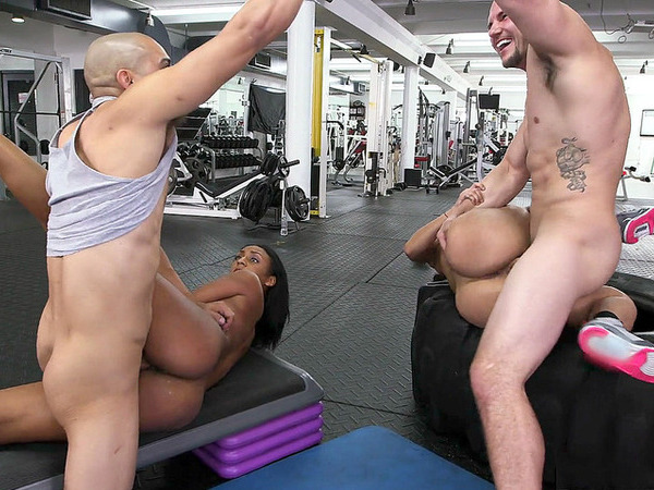 Hot Teens Got Trainers Cock To Fucked In The Gym
