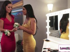 Latin hottie licked and fingered by bff
